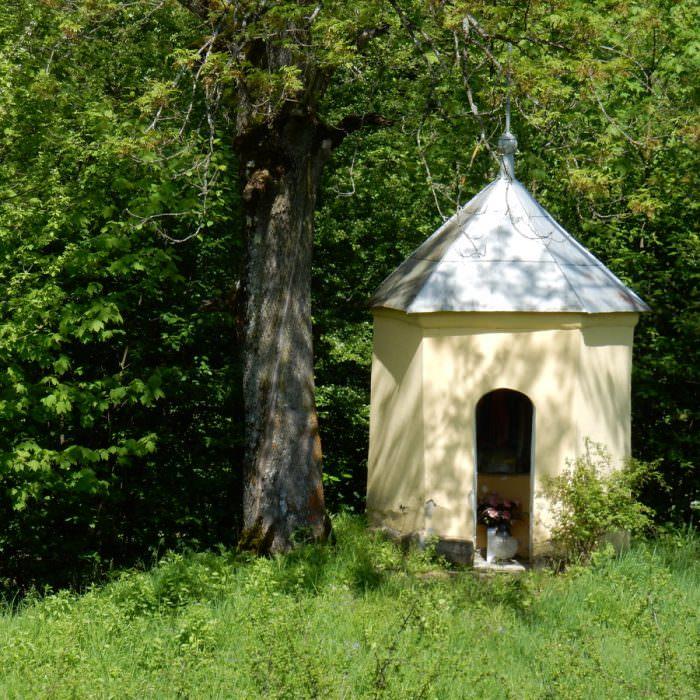 Kapliczka wSakowczyku