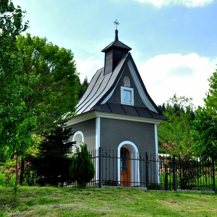Kaplica wosiedlu Zagrody