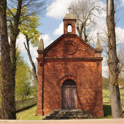 Kaplica nadrzeką Wolbórką