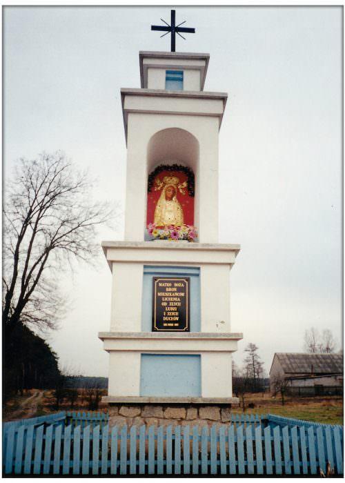 Kapliczka nawjeździe doLichenia