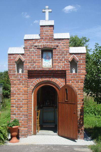 Kapliczka domkowa wOrzeszu