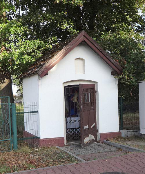 Kapliczka domkowa wSuszcu