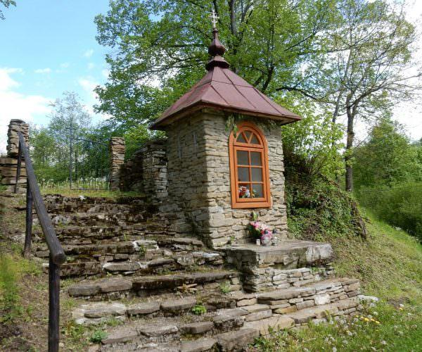 Stara kapliczka wKielczawie
