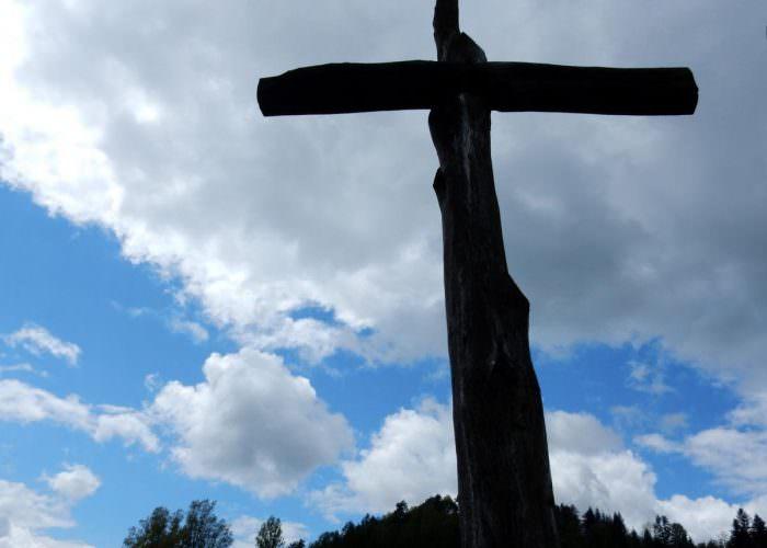 Krzyż wHoszowie