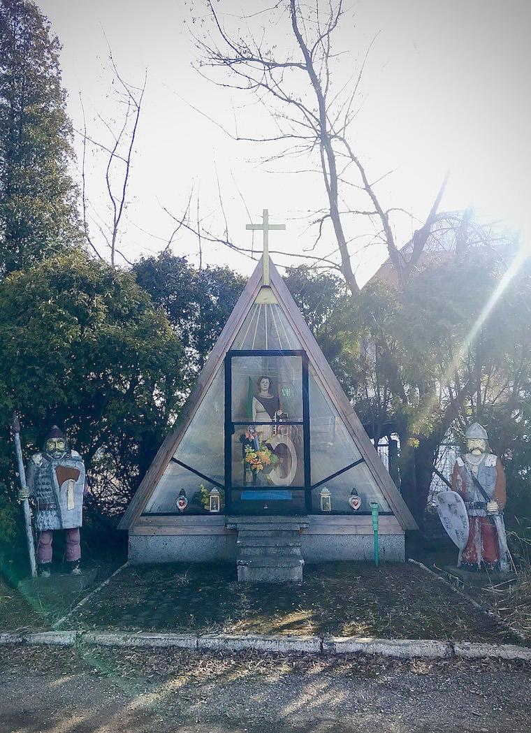 1. Kapliczka św. Katarzyny Łazy