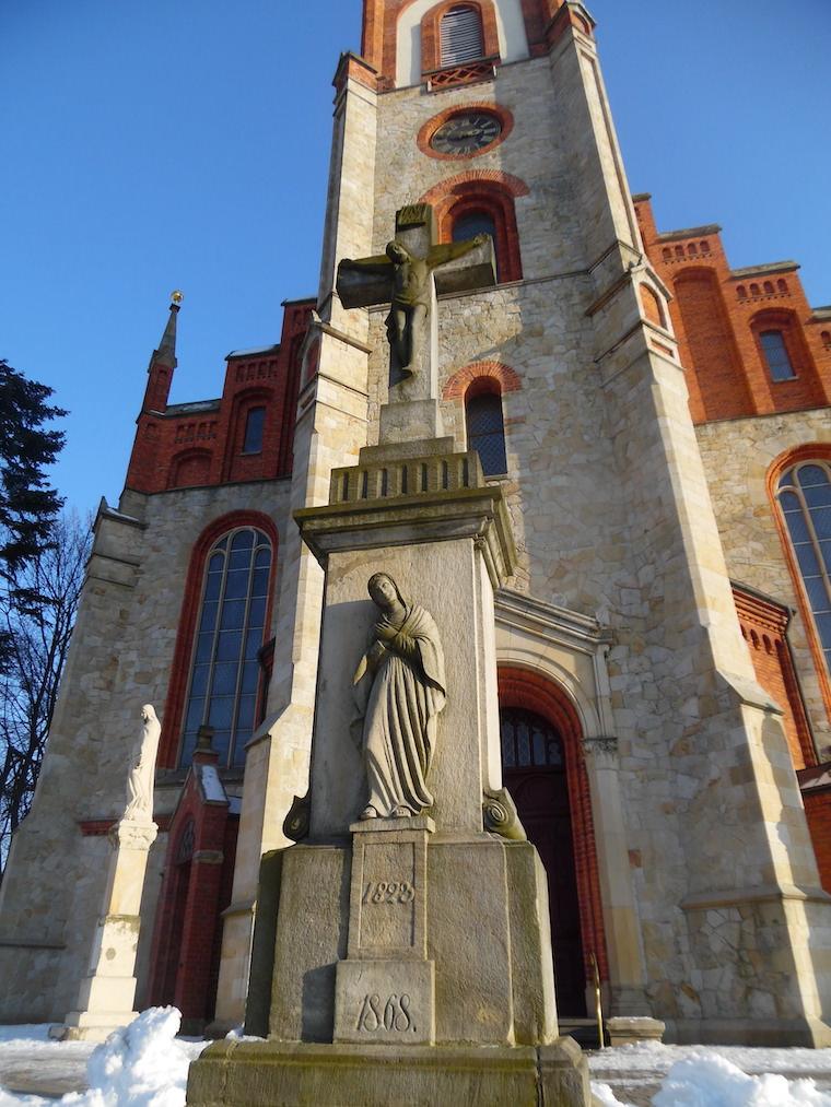Krzyż kamienny Woszczyce Kornelia Sczekała